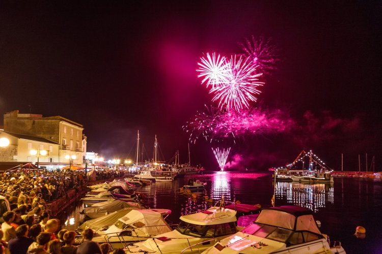 Krk Fair, music fireworks at midnight