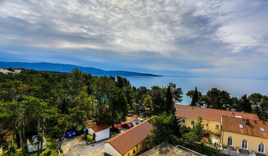 Holiday accommodation with a sea view in Krk town