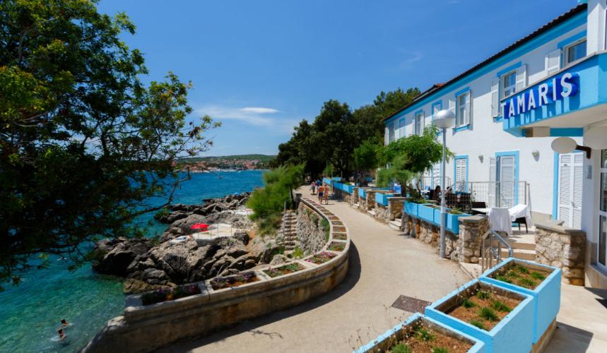 Tamaris villa by the sea in Krk town