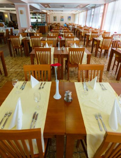 Restaurant in Dražica hotel in Krk town