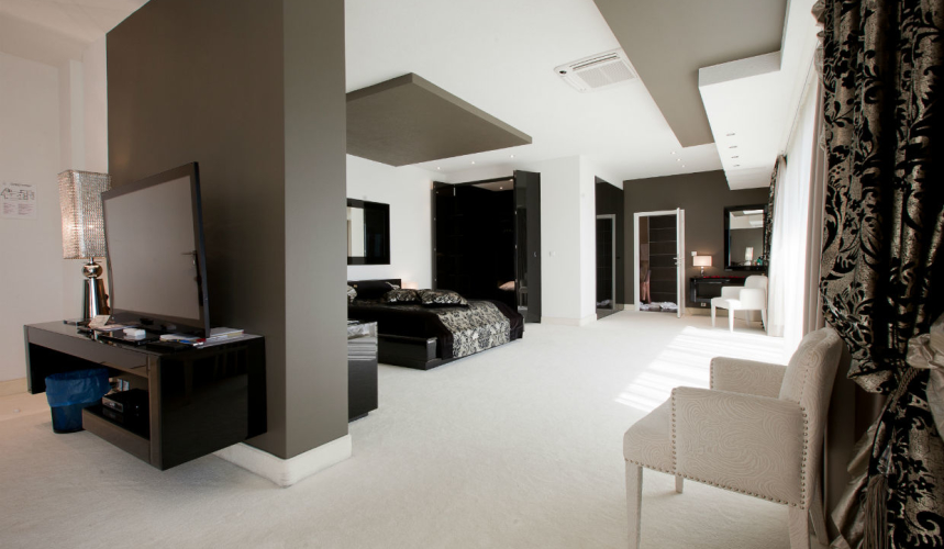 Stylish room with a lot of space in Marina boutique hotel