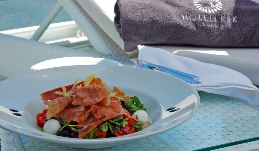 Delightful meal in Valomet VIP Lounge Zone in Dražica hotel